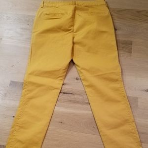 Old Navy Pants - Old Navy Pixie Chino Pants